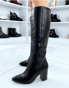 Bottes hautes noires en simili cuir à bout pointu