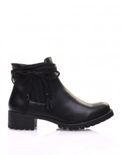 Chelsea boots noires à brides et pompons