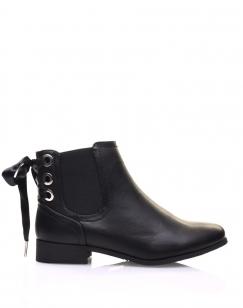 Chelsea boots noires à oeillets et noeud