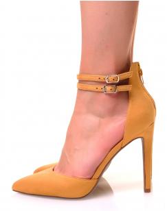 Escarpins jaunes moutardes à bouts pointus doubles brides et talons aiguilles