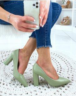 Escarpins vert pastel à bout pointu
