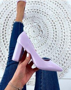 Escarpins violet pastel à bout pointu