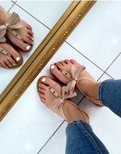 Nu-pieds roses à nœud et détails dorés