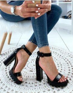 Sandale bride noire vernie effet croco