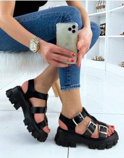 Sandale noire à semelle crantée et multiples lanières ajustables