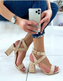 Sandales à talon en suédine beiges à brides croisées