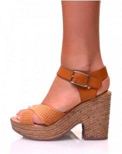 Sandales à talons compensés bi-matières camelles