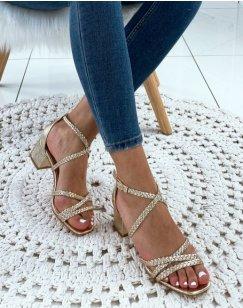 Sandales à talons dorées à brides tressées