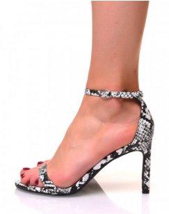 Sandales motif python à talons aiguilles