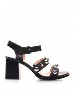 Sandales noires brides à œillets