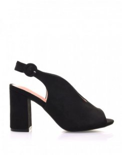 Sandales noires en suédine ouvertes