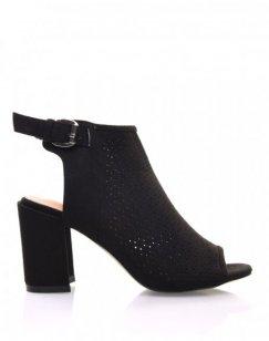 Sandales noires perforées à talons mi hauts