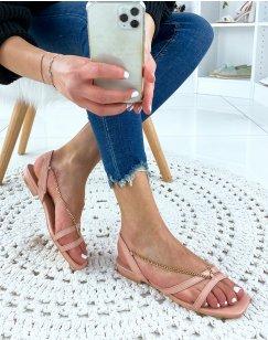 Sandales plates roses à chaînes