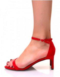 Sandales rouges en suédine à petits talons aiguilles