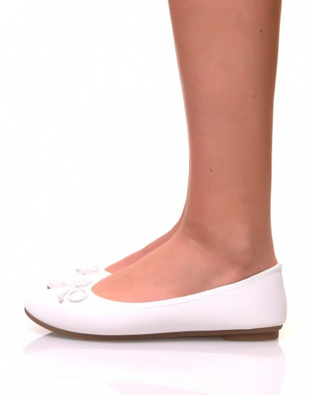 Ballerines blanches à petits noeuds