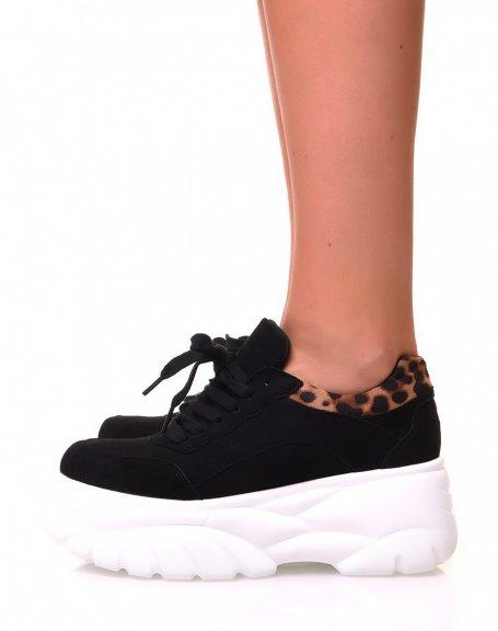 Baskets noires à plateforme avec empiècement motif léopard