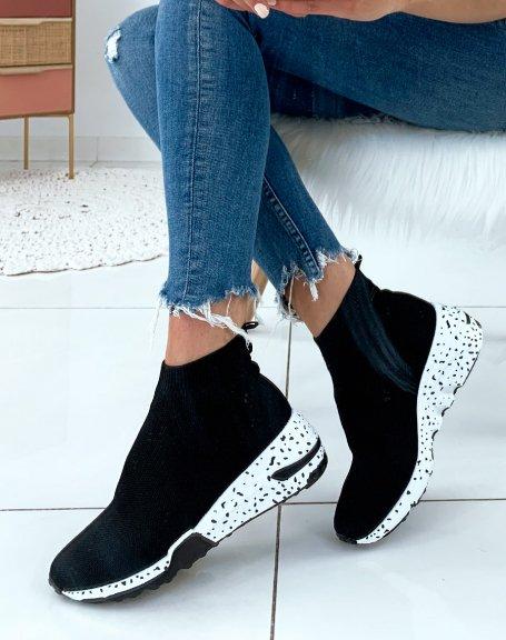 Baskets noires en forme de chaussettes à semelles fantaisies