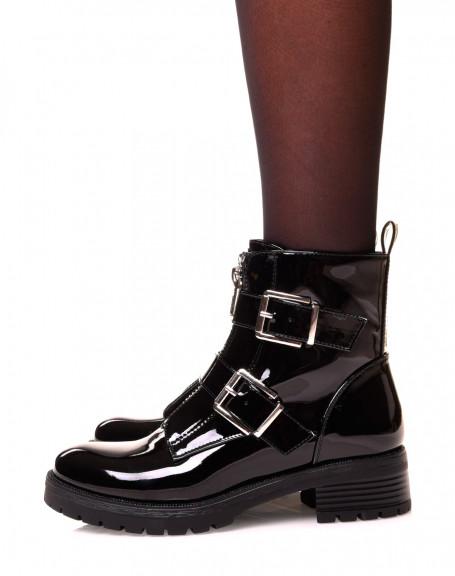 Boots noirs effet vernis à sangles