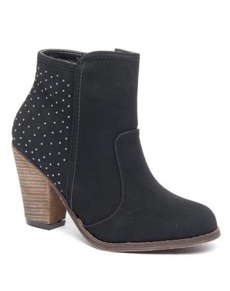 Botte Alicia Shoes noir piquées de têtes d'épingles, style cavalier