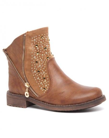 Bottes basses marrons Bellucci, clous dorés et perles ambre