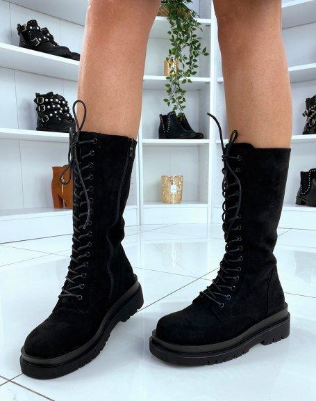Bottes noires en suédine hautes à lacets