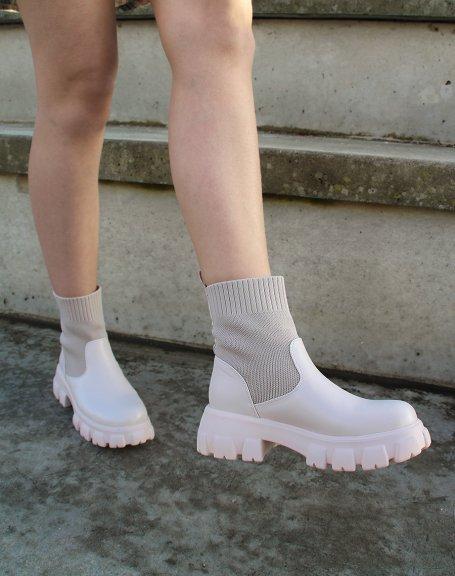 Bottines beiges chaussettes à semelle crantée