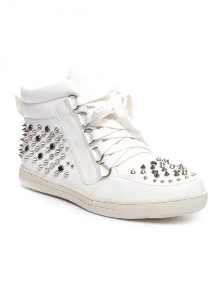 Chaussure femme Cocoperla: Basket cloutée blanc