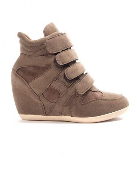 Chaussure femme Findlay: Basket compensé kaki