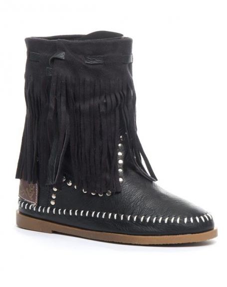 Chaussure femme Jennika: Bottine cloutée à frange noire