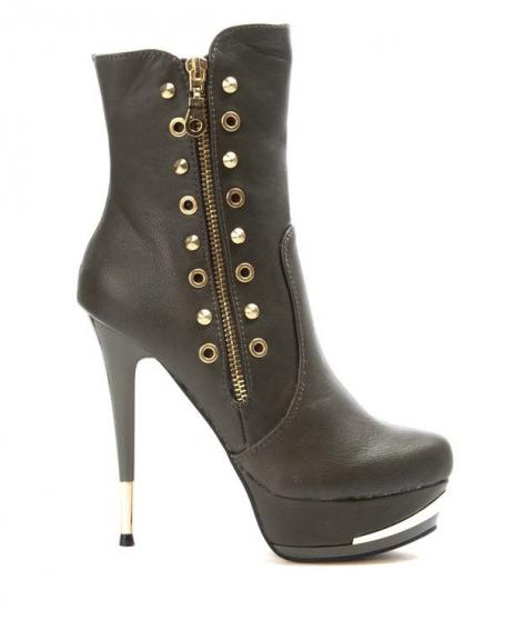 Chaussure femme Like You: Botte clouté kaki