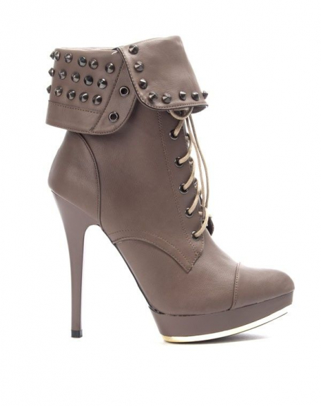 Chaussure femme Like You: Bottine à talon clouté taupe