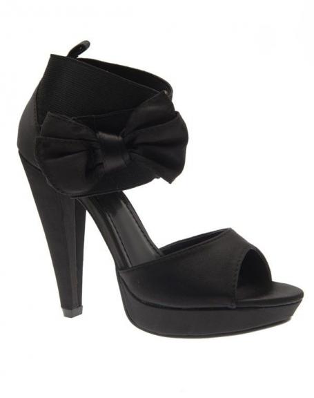 Chaussures femme Jennika: Escarpin satiné noir