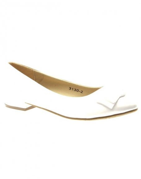 Chaussures femme Like Style: Blanches vernies, bout pointu, petit talon