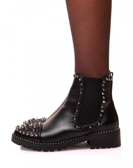 Chelsea boots noires à détails cloutés