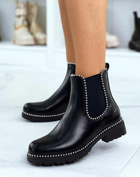 Chelsea boots noires grainées à détails perles