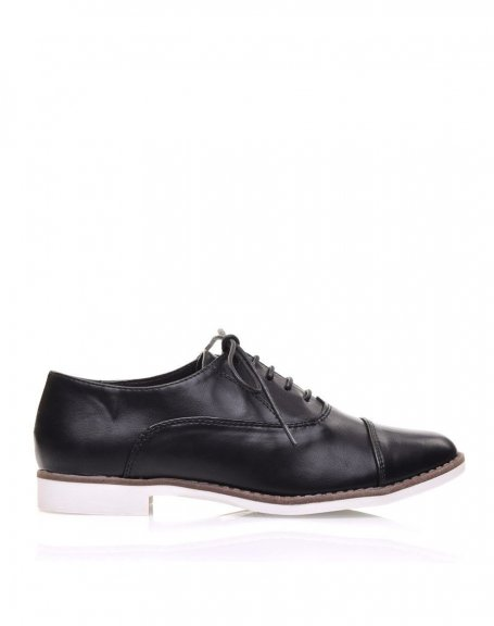 Derbies noires à lacets