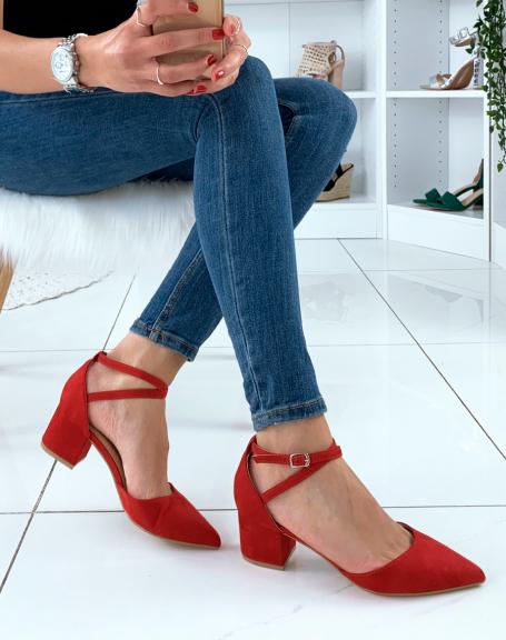 Escarpins rouges en suédine à petit talon
