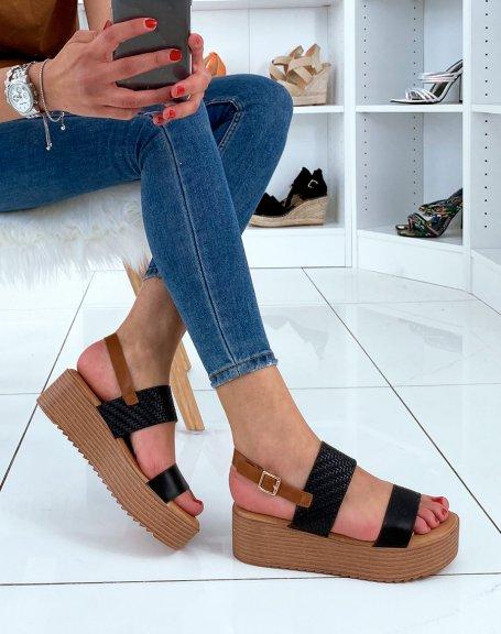Nu-pieds compensés noirs et camel