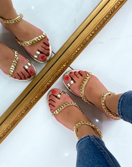 Nu-pieds dorés ornés de chaines