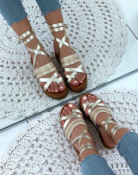 Nu-pieds en cuir dorés à semelles compensés et à lacets