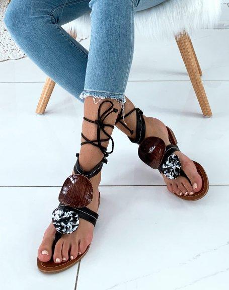 Nu-pieds noirs ornés de deux empiècements à motifs