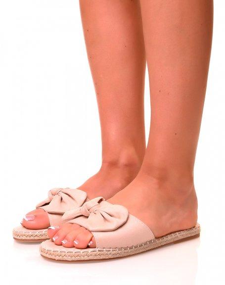 Nu-pieds roses pâles à noeuds