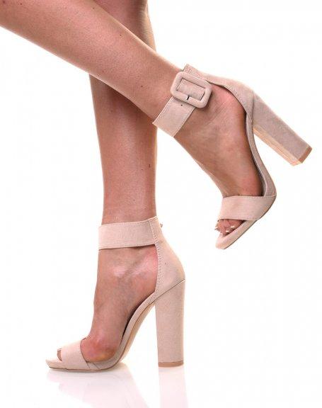 Sandale beige effet suédine talons épais