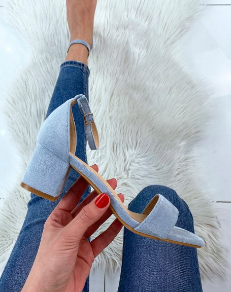 Sandale bleu pastel en suédine à petit talon