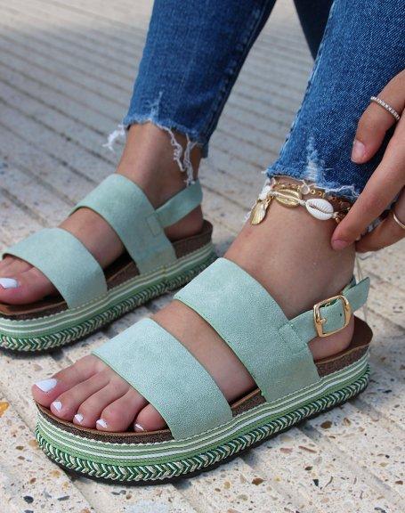 Sandales à doubles brides en suédine verte pastel