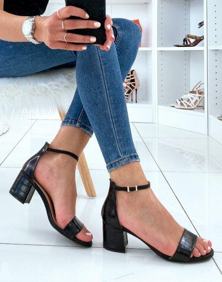 Sandales à petit talons noires effet croco