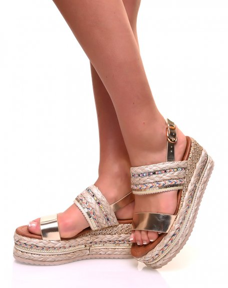 Sandales à semelles compensées dorées et osier