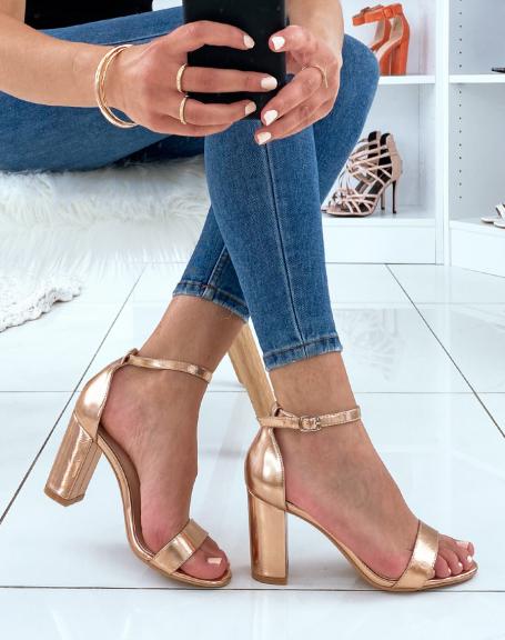 Sandales à talon dorée métallique