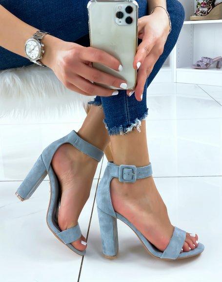 Sandales à talon en suédine bleu à boucle carré