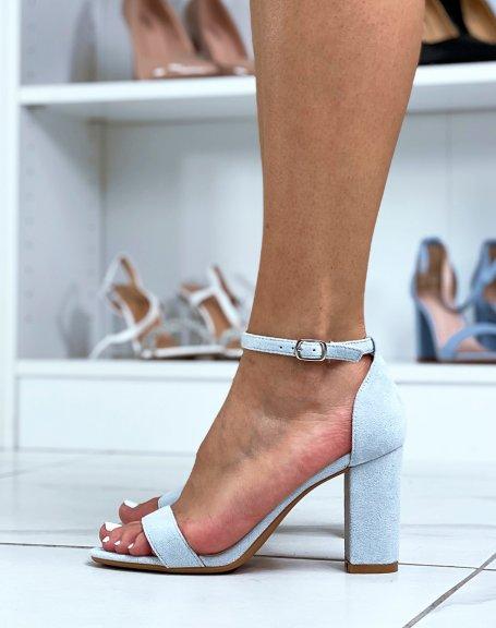 Sandales à talon en suédine bleu pastel à fines lanières